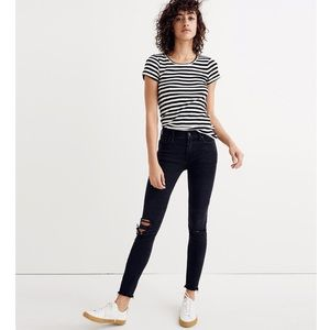 "Madewell Tall 9"" Mid-Rise Skinny Jeans in BlackSea"